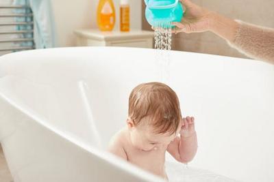 Tommee Tippee Splashtime 2 in 1 Hair Rinser, Za izpiranje lask TTSAF02