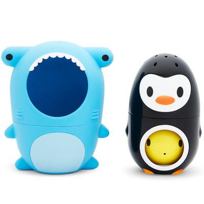 Munchkin Sharky & Pals, morski pes in pingvin igrača za vodo MKNTOY06