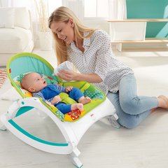 FISHER PRICE Newborn To Toddler Rocker (za novorojenčke ) FPROC13