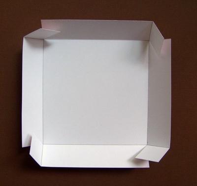 SCRAPINIEC Osnova za škatlico presenečenja 10x10X10 cm bela 500g- Exploding Box 4094